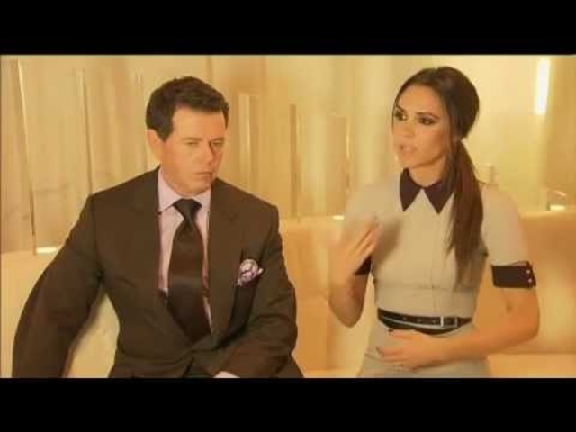 2013 Range <em>Rover</em> Evoque Victoria Beckham Interview Commercial Carjam TV HD Car TV Show