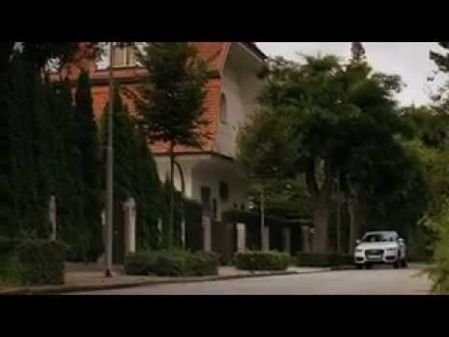 <em>Audi</em> Q3 2011 Driving Engine Sound In Detail New Commercial - Carjam Radio