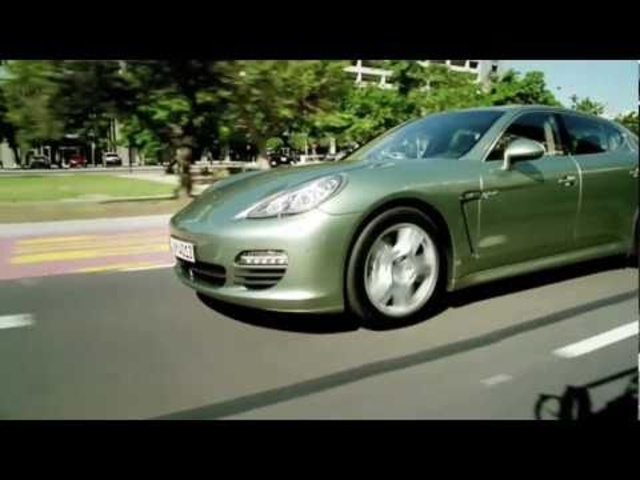 Carjam: New Panamera S Hybrid in Motion 2011