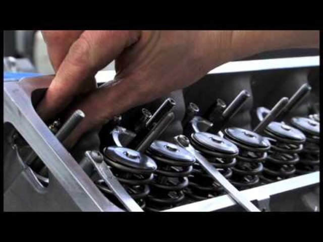 Creating A <em>Bentley</em> Mulsanne Part 3/6 Carjam TV 2013 Car TV Show