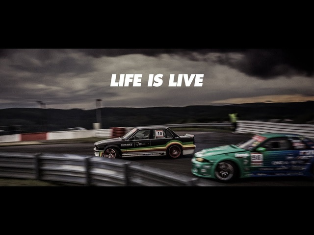 LIFE IS LIVE // FORMAT67.NET