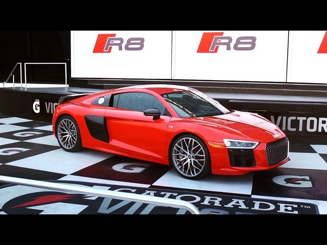 2017 <em>Audi</em> R8 V10 plus | DRIVEN