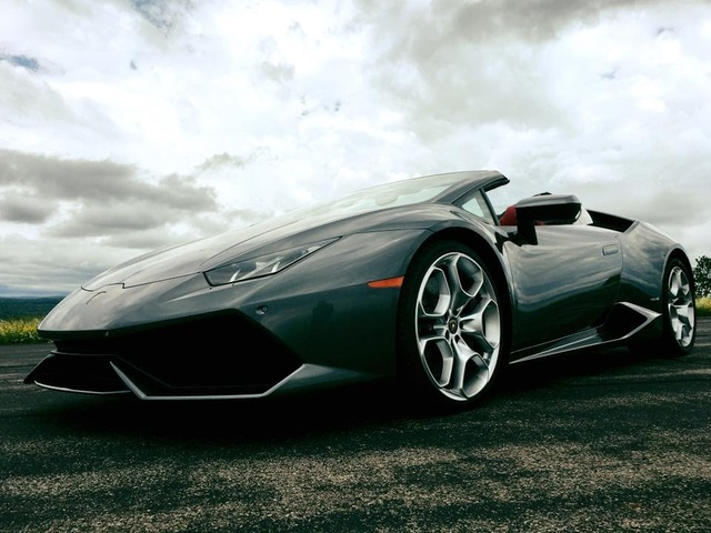 Lamborghini Huracan Spyder 2016 Review | TestDriveNow