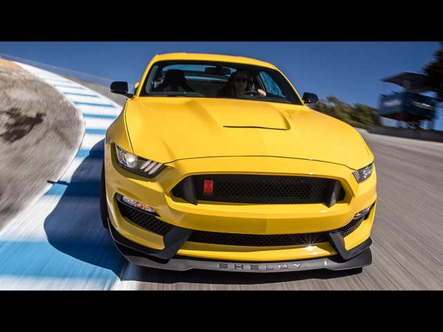 2016 <em>Ford</em> Mustang Shelby GT350R Hot Lap! - 2016 Best Driver's Car Contender