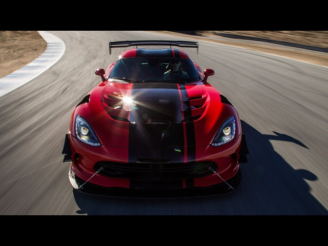 2016 <em>Dodge</em> Viper ACR Hot Lap! - 2016 Best Driver's Car Contender