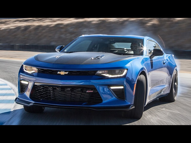 2017 Chevrolet Camaro SS 1LE Hot Lap! - 2016 Best Driver's Car Contender