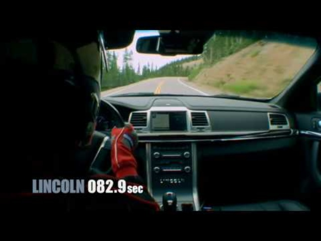 6 versus 8 | Lincoln MKS