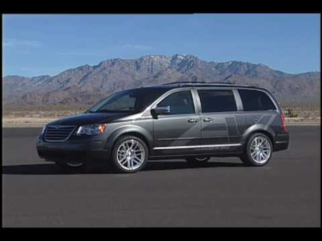 2010 Chrysler Town & Country EV Concept
