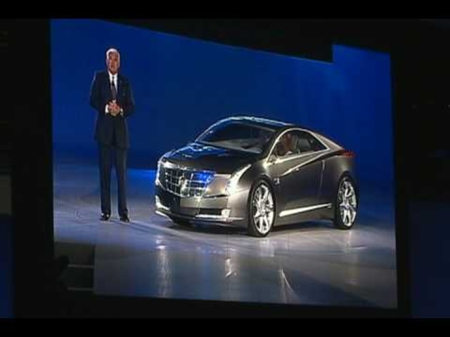 Bob Lutz Unveils the 2009 Cadillac Converj Concept