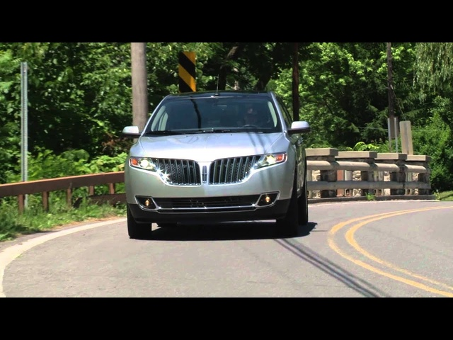 2013 Lincoln MKX - Drive Time Review with Steve Hammes | TestDriveNow