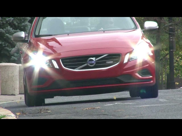 2012 <em>Volvo</em> S60 R-Design - Drive Time Review with Steve Hammes | TestDriveNow