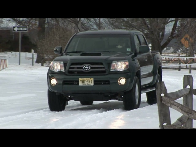 2009 <em>Toyota</em> Tacoma Double Cab V6 4X4 Review by Auto Critic Steve Hammes