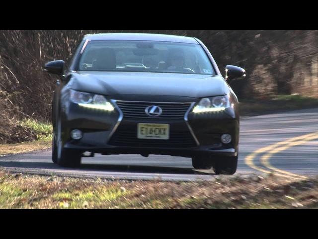 2013 <em>Lexus</em> ES 300h -Drive Time Review with Steve Hammes