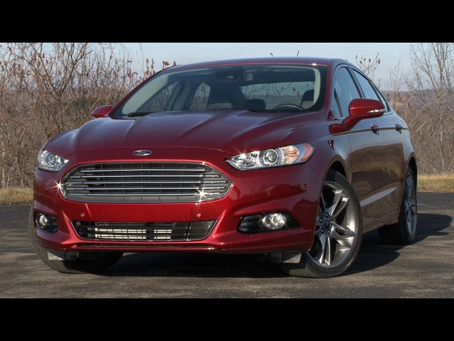 2013 Ford Fusion - Drive Time Review with Steve Hammes | TestDriveNow