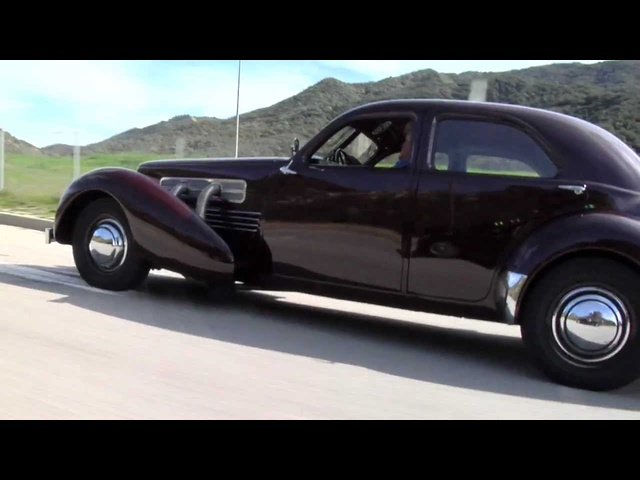 1936 Cord 810/812: The Beautiful Baby <em>Duesenberg</em> That Never Caught On - Jay Leno's Garage