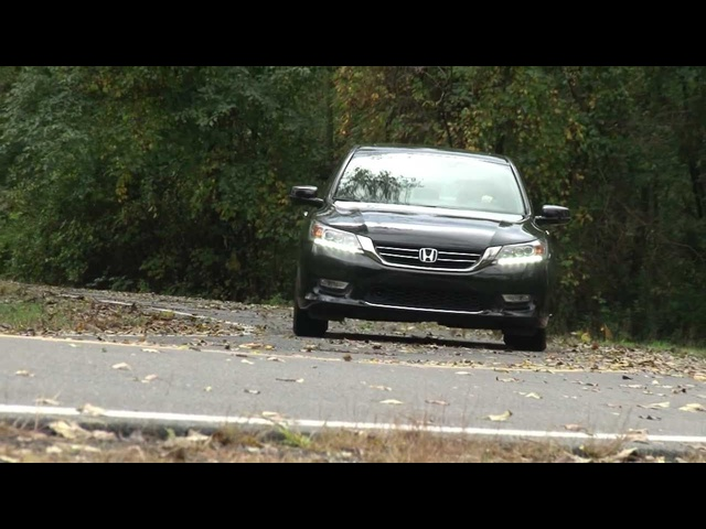 2013 Honda Accord Sedan - Drive Time Review with Steve Hammes | TestDriveNow