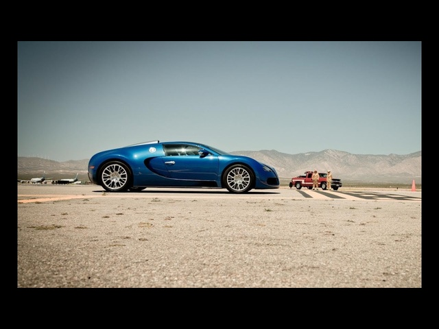 2012 <em>Bugatti</em> Veyron Grand Sport at the Mojave Mile - 200-mph Club - CAR and DRIVER