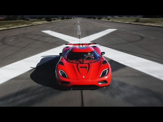 Faster Than a <em>Bugatti</em> Veyron? Koenigsegg Agera R - CAR and DRIVER