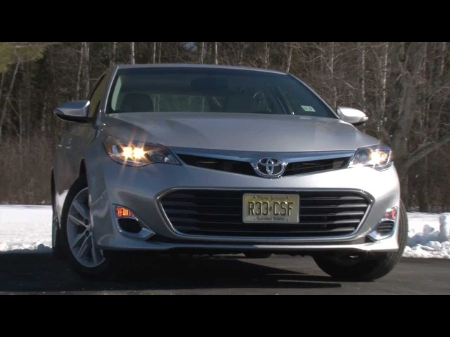 2013 Toyota Avalon - Drive Time Review with Steve Hammes | TestDriveNow