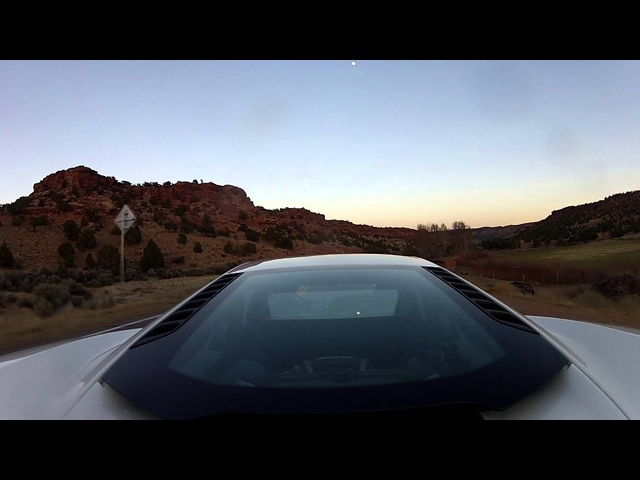 <em>McLaren</em> MP4-12C - Raw Video