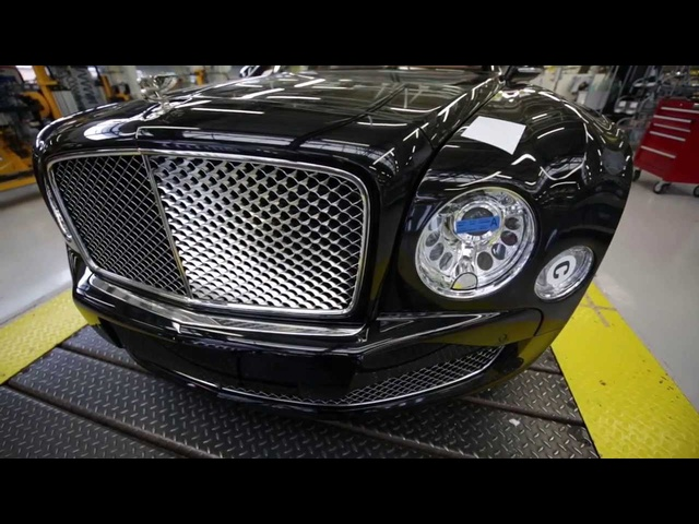 /INSIDE <em>BENTLEY</em> -- Only on /DRIVE