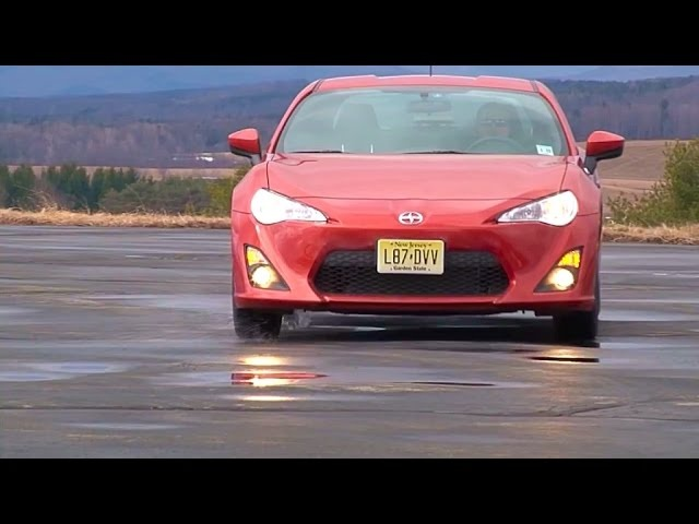 2014 Scion FR-S - TestDriveNow.com Review by Auto Critic Steve Hammes