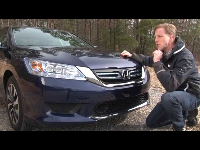 2014 Honda Accord Hybrid - TestDriveNow.com Review by Auto Critic Steve Hammes