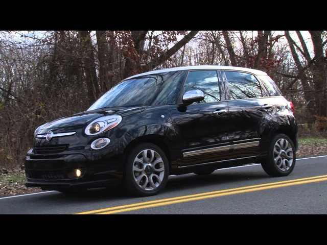 2014 Fiat 500L - TestDriveNow.com Review with Steve Hammes