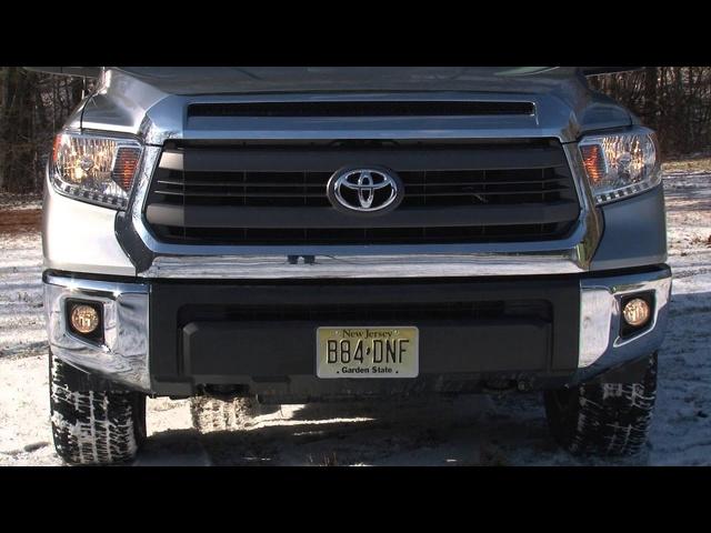 2014 Toyota Tundra -TestDriveNow.com Review with Steve Hammes | TestDriveNow