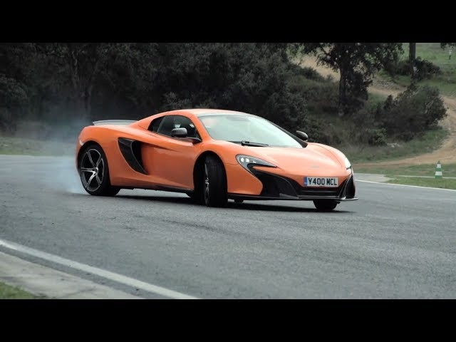 <em>McLaren</em> 650S: Track Driving, Sliding & Tech Interview - Chris Harris On Cars