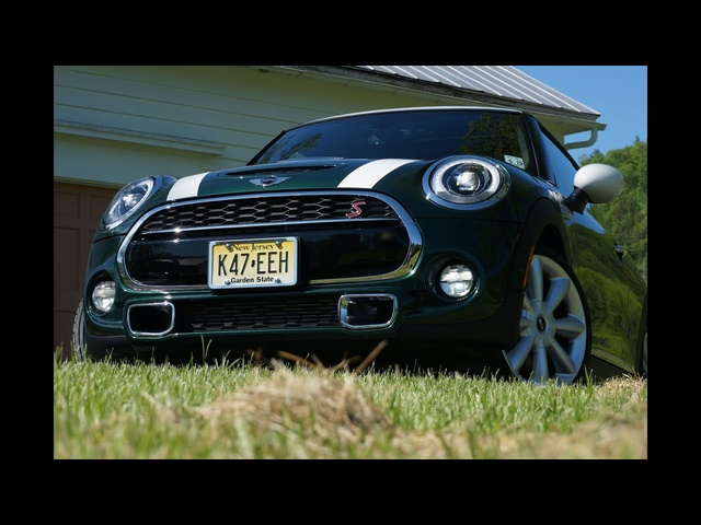 2014 MINI Cooper S - TestDriveNow.com Review by Auto Critic Steve Hammes