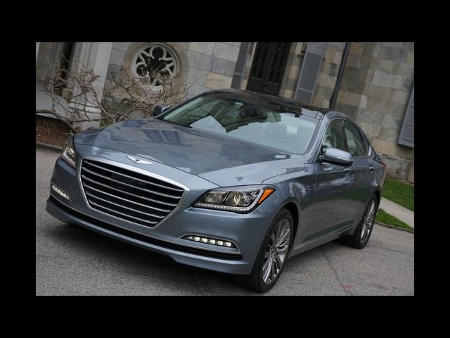 2015 <em>Hyundai</em> Genesis -TestDriveNow.com Review by Auto Critic Steve Hammes | TestDriveNow