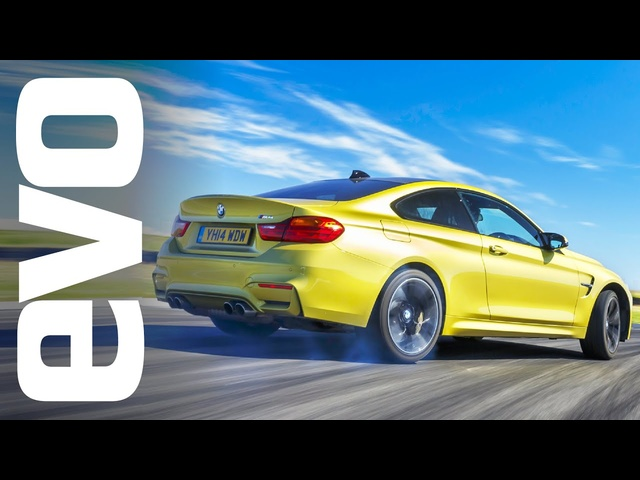 <em>BMW</em> M4 vs Porsche 911 Carrera | evo TRACK BATTLE