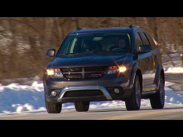 2015 <em>Dodge</em> Journey Crossroad - TestDriveNow.com Review by Auto Critic Steve Hammes | TestDriveNow