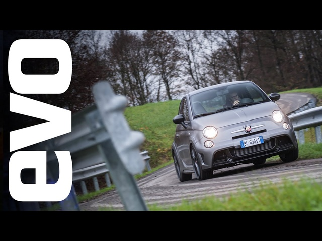 Abarth 695 Biposto review | evo REVIEWS