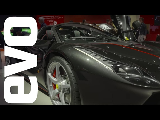 Ferrari LaFerrari Aperta in-<em>de</em>tail at the 2016 Paris motor show | evo MOTOR SHOWS