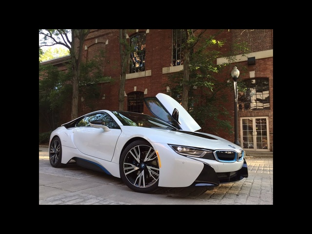 2015 <em>BMW</em> i8 - TestDriveNow.com Review by Auto Critic Steve Hammes