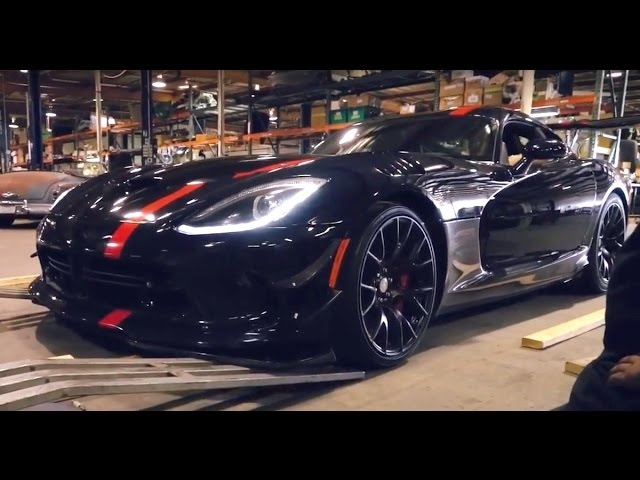 What's Underneath the 645-hp Dodge Viper ACR?