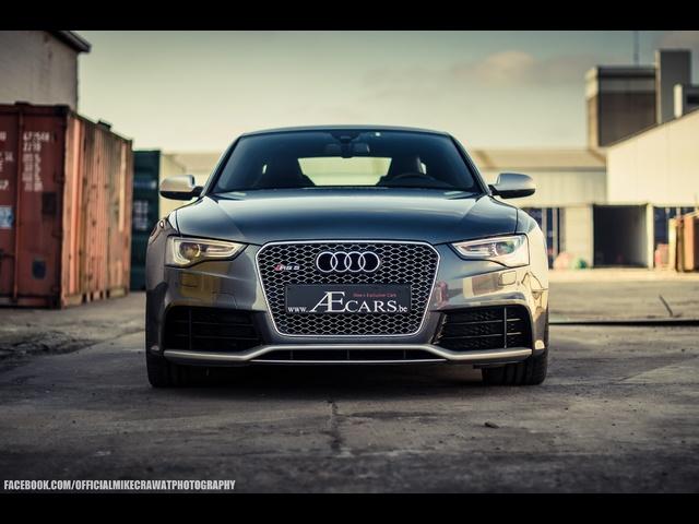 MikeCrawatPhotography: <em>Audi</em> RS5 2013 Facelift -Revving + sound