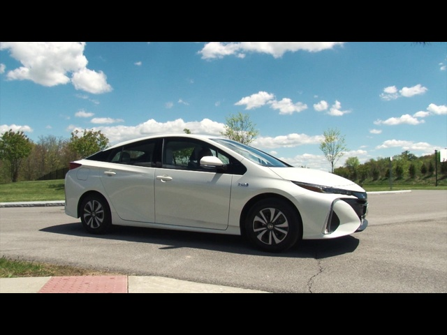 2017 Toyota Prius Prime - Complete Review