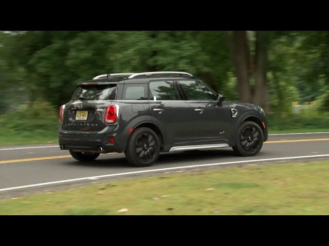 2017 MINI Cooper S Countryman ALL4 - Complete Review