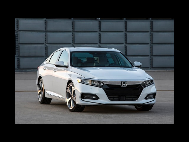 2018 <em>Honda</em> Accord | The Family Car Lives | First Look | TestDriveNow