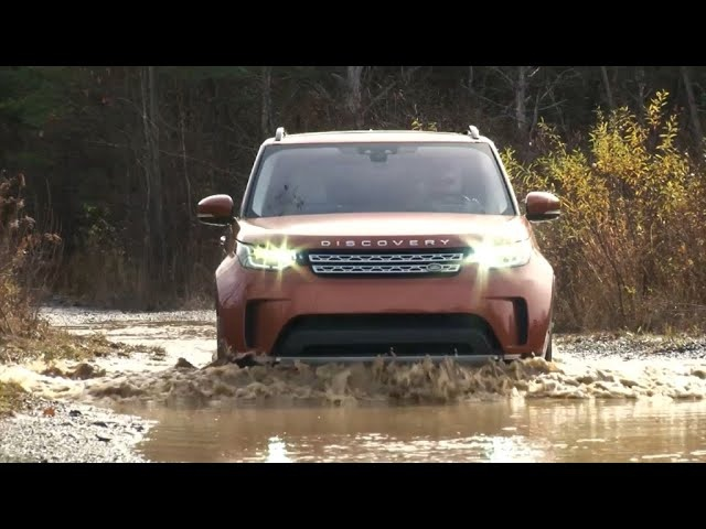 2017 Land Rover Discovery | Complete Review | With Steve Hammes | TestDriveNow