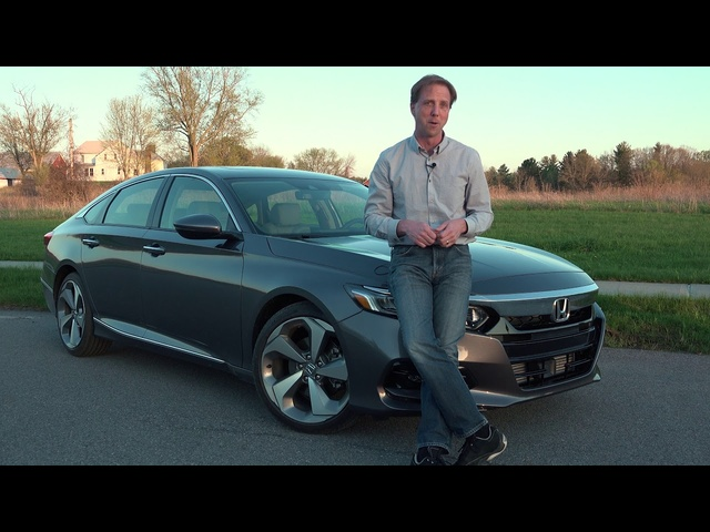 <em>Honda</em> Accord 2018 | Full Review | with Steve Hammes | TestDriveNow