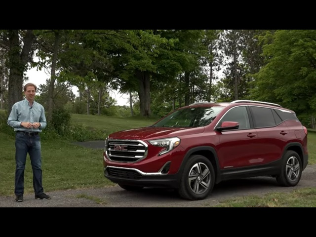 <em>GMC</em> Terrain Diesel 2018 | Full Review | with Steve Hammes | TestDriveNow