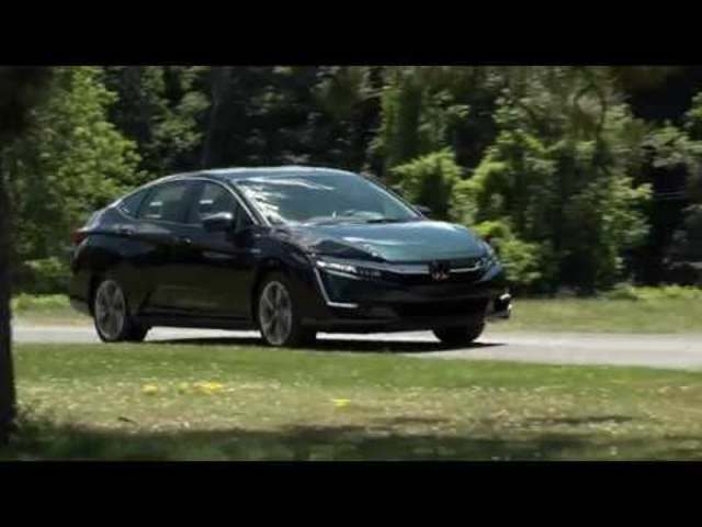 2018 Honda Clarity Plug-In| Full Review | Steve Hammes