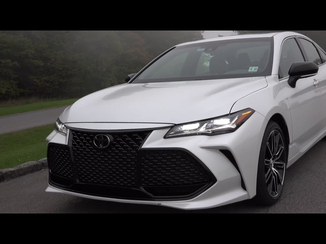 2019 <em>Toyota</em> Avalon | Now In a Fun-To-Drive Flavor | TestDriveNow