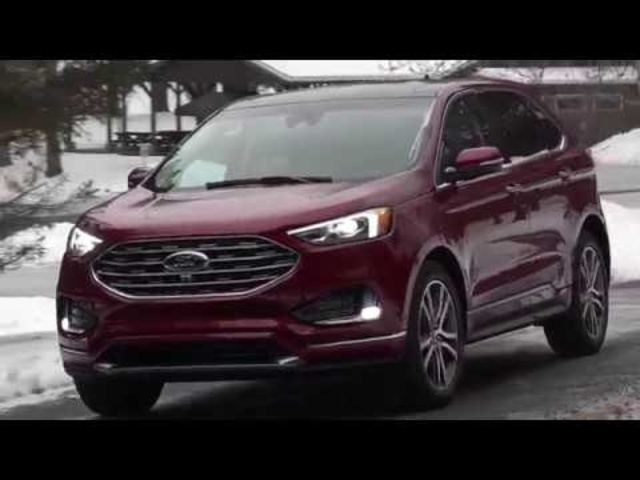 2019 <em>Ford</em> Edge | Can it Hold Off the Santa Fe? | TestDriveNow