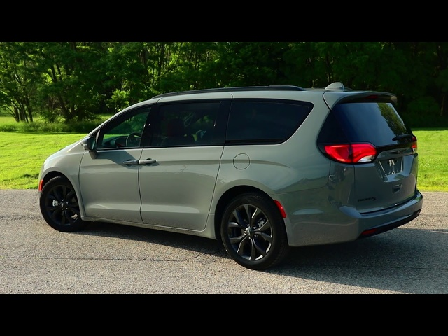2020 Chrysler Pacifica | Red Light District | TestDriveNow
