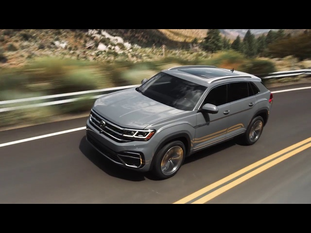 2020 Volkswagen Atlas Cross Sport | Fewer Rows, More Style | Steve Hammes